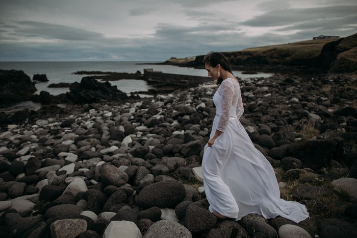 Iceland-wedding-beach-Arnarstapi